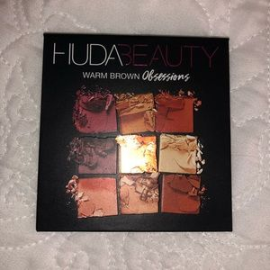 HUDA BEAUTY Makeup - Huda Beauty Eyeshadow Pallet